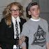 El hijo de Madonna no quiere saber nada de ella en navidad