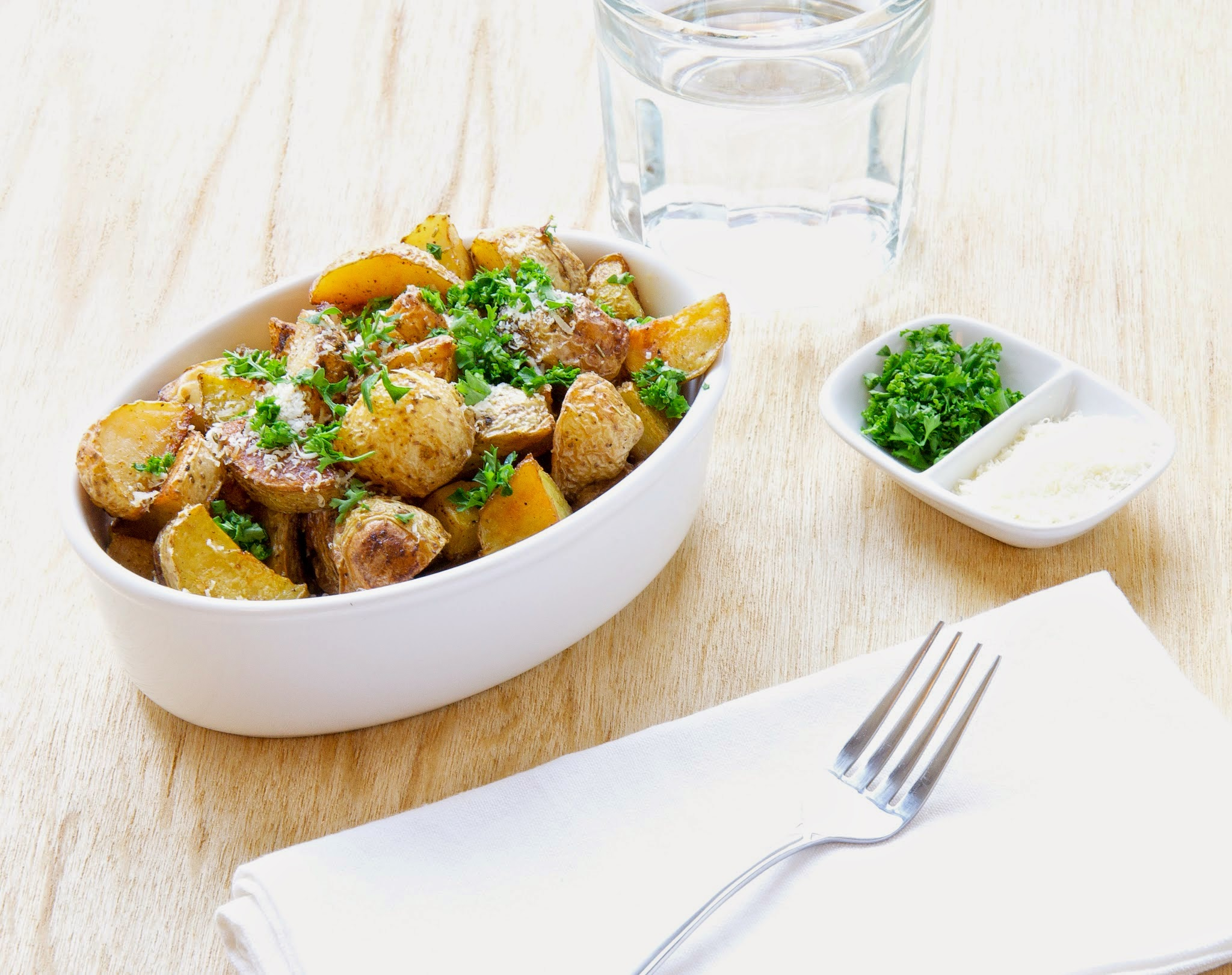 oven-roasted-herbed-potatoes-with-herbs-summer-grilling-season