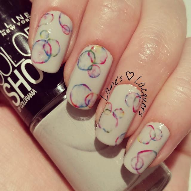 40-great-nail-art-ideas-grey-colour-circles-manicure (2)