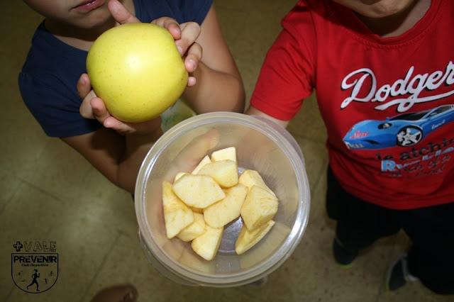 desayuno niños manzanas golden