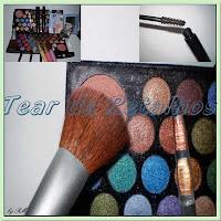 Aqui estão vários links onde se pode encontrar cursos para aprender maquiagem