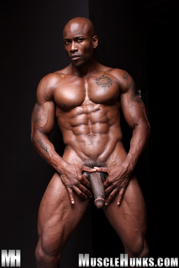 Bodybuilder Escort Gay