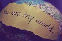 mi mundo está contigo y yo pienso estar hasta el fin.