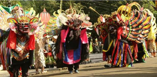 Festival Barongan Nusantara 2015 di Banyuwangi.