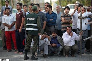 Public execution in Iran (file photo)