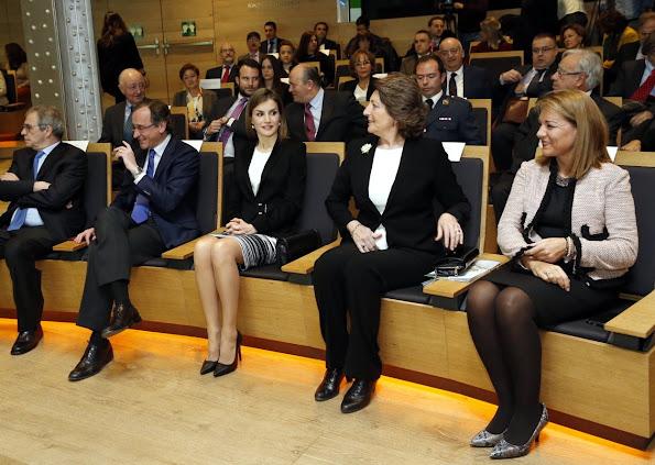 Queen Letizia of Spain attended the 'Por Un Enfoque Integral' forum