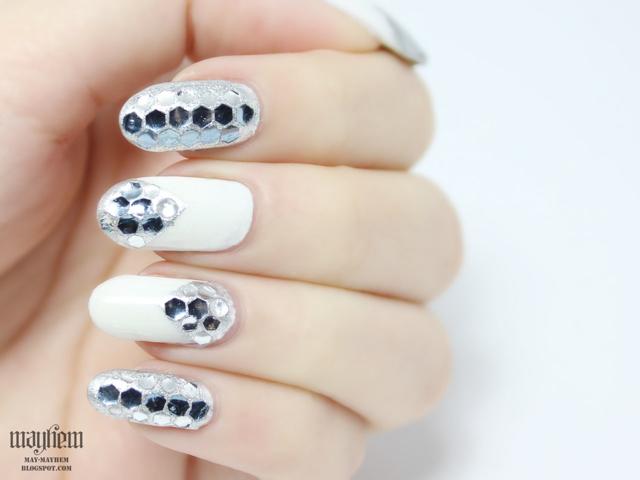 Mayhem: 2NE1 Falling In Love - Park Bom Inspired Nails Dara Falling In Love Nails