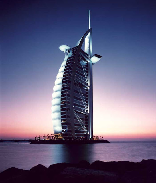 Background Of Burj Al Arab Architecture2