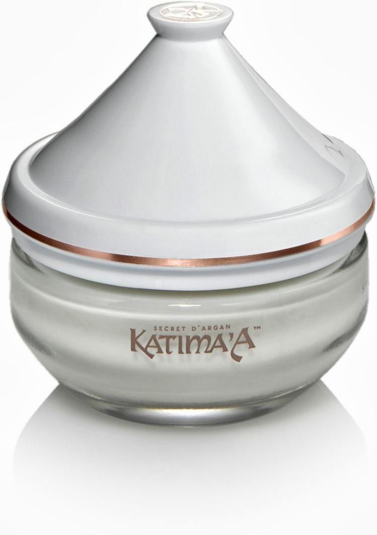 La crema de noche Katima'A es un excelente producto que ayudará a tu piel a mejorar su estado