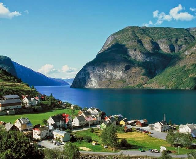 Undredal - aldeia no Sogn og Fjordane, Noruega, Norway