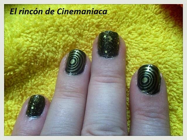 El Rincón de Cinemaniaca.: MANICURA 6ª SEMANA DEL RETO COLORES: NEGRO.