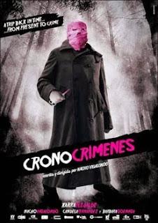 Portada película cronocrímenes Nacho Vigalondo hombre enmascarado bosque tenebroso estetica pulp fotograma ilustrado