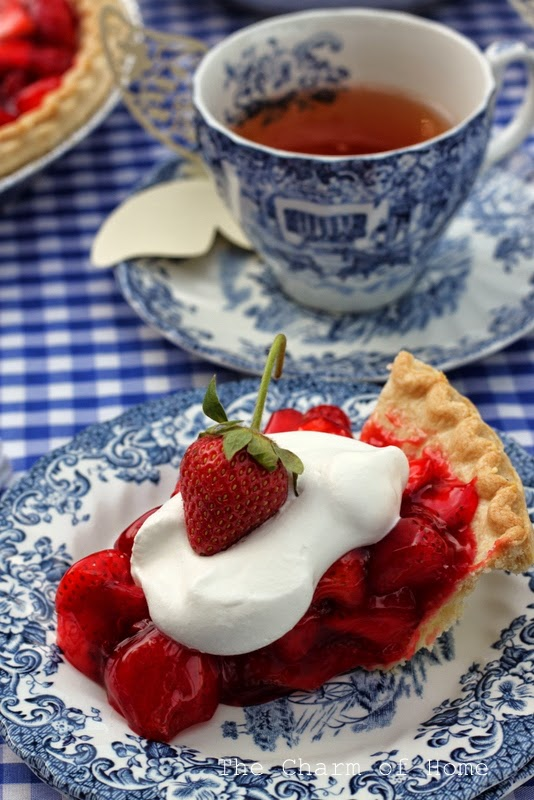 Strawberry Pie Tea: The Charm of Home