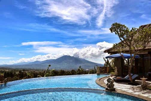 Kolam Renang Villa Puri Bali Stania Bogor