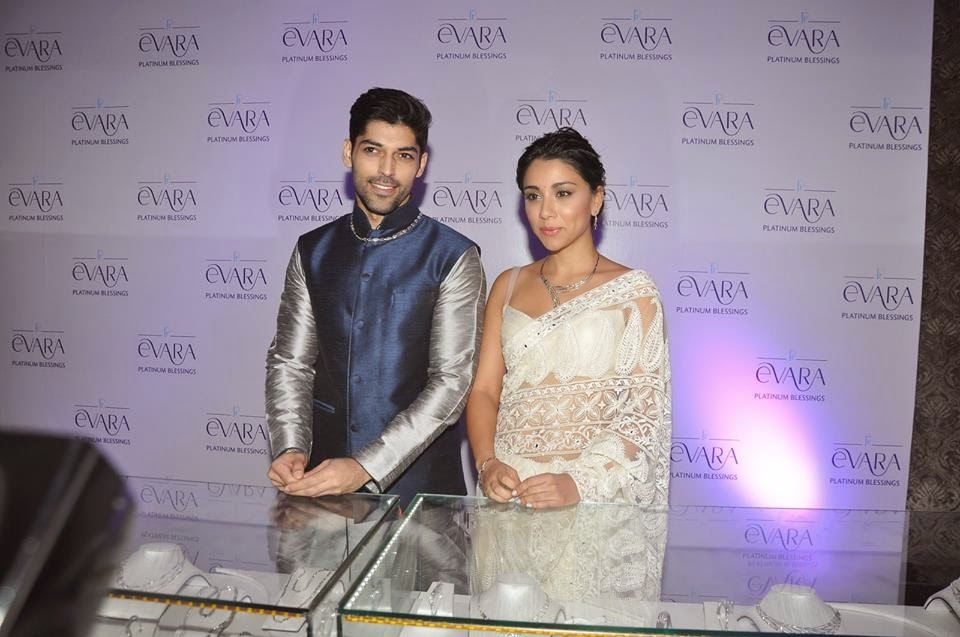 Amrita Puri and Smaran Sahu Showcase Platinum Bridal Jewellery By Evara Platinum Blessings