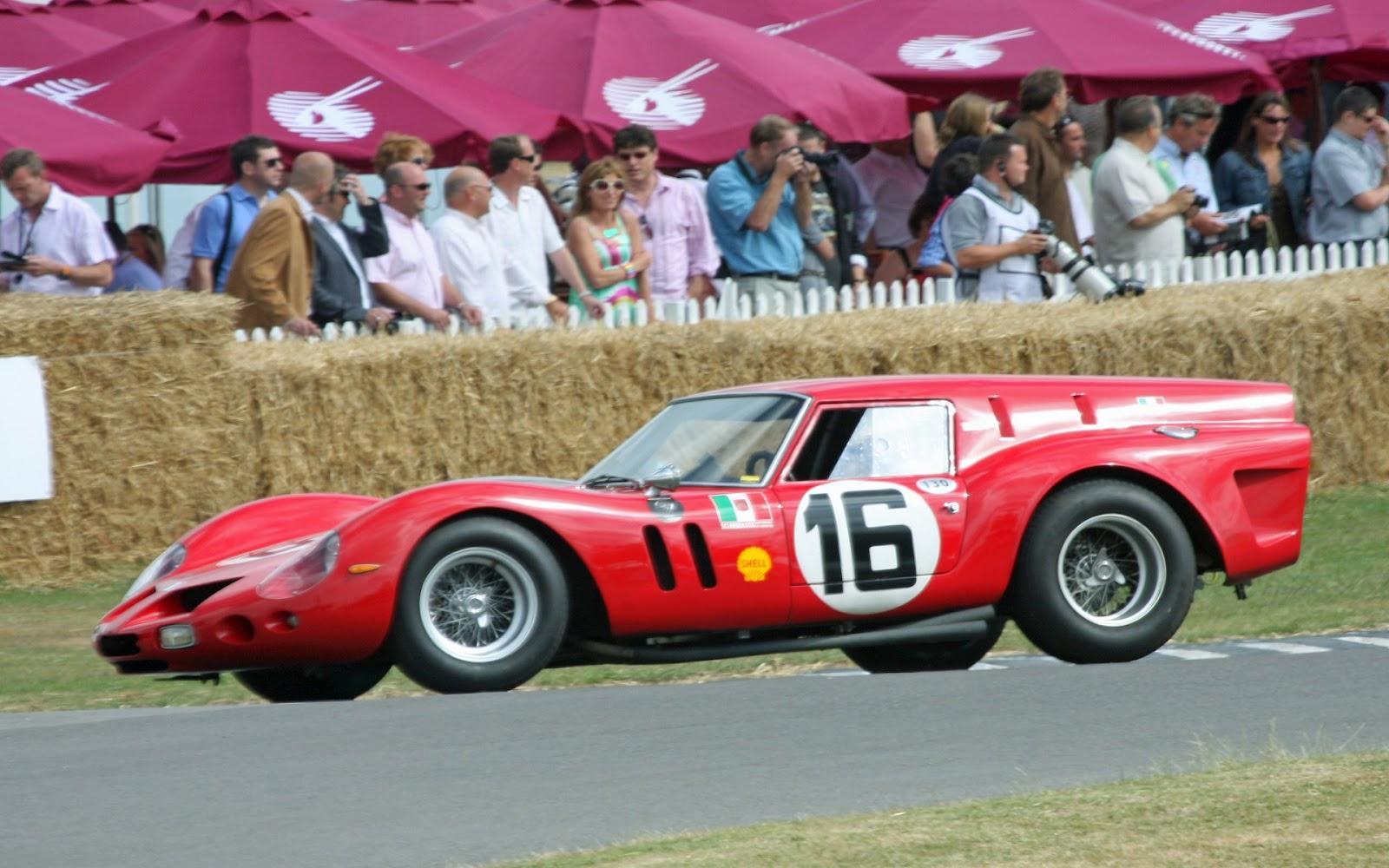 http://1.bp.blogspot.com/-WrzrTiPH6mo/UFDlecCAmwI/AAAAAAAAAzA/Iaq5bcHCBO8/s1600/2012-09-12-Ferrari-250-GTO-09-(carwalls.blogspot.com).jpg