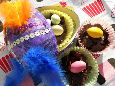 fågelbon av choklad