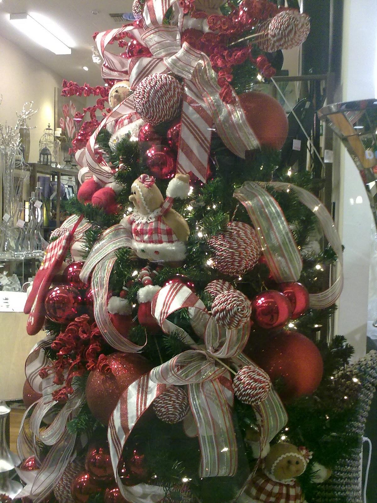 Living my 40s and more mas fotos de decoracion navide a 2011 - Decoracion arbol navideno ...
