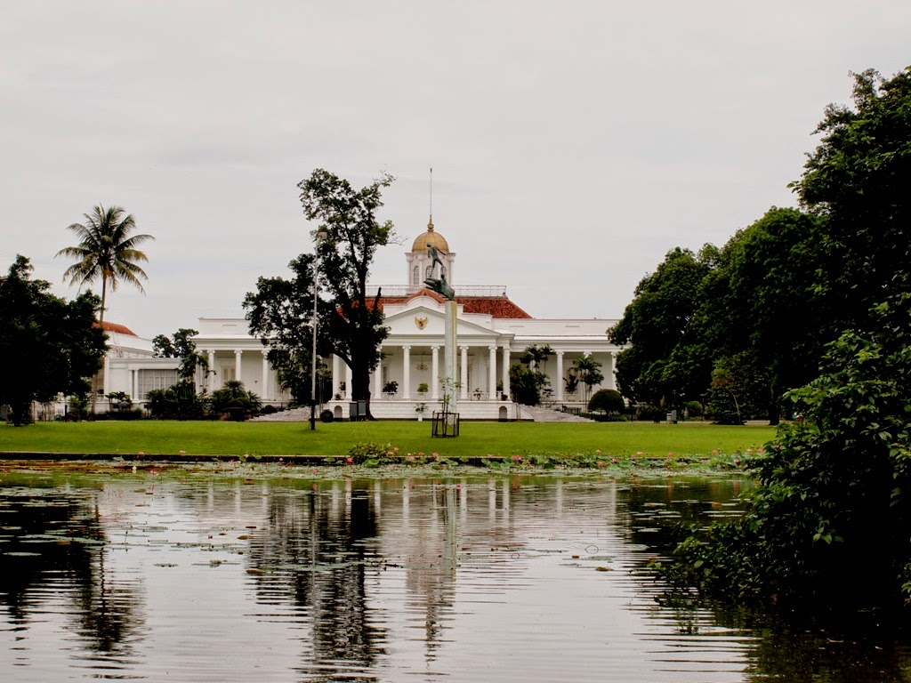 10 Tempat Wisata di Bogor paling spektakuler