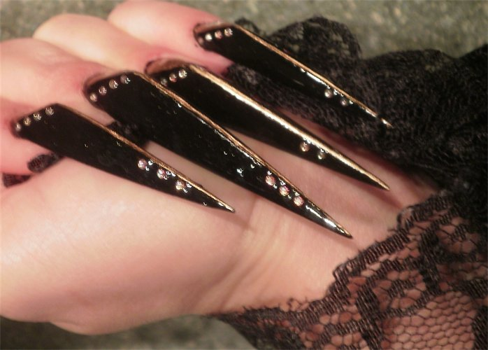 Nail art: Long nails designs