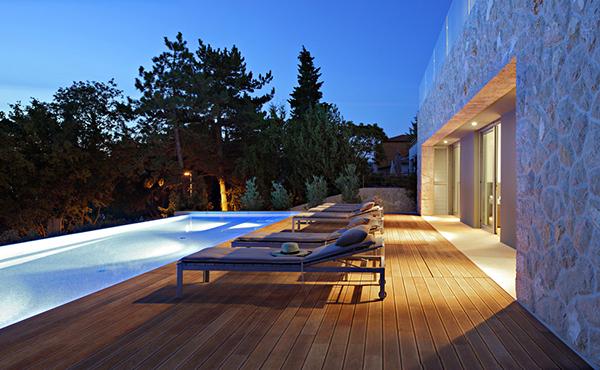 Hogares frescos preciosa casa de vacaciones con for Casas de vacaciones en sevilla con piscina