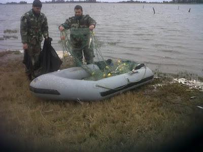Pesca clandestina: Decomisan pescados y redes en laguna de Hirsch Unnamed%2B%252826%2529