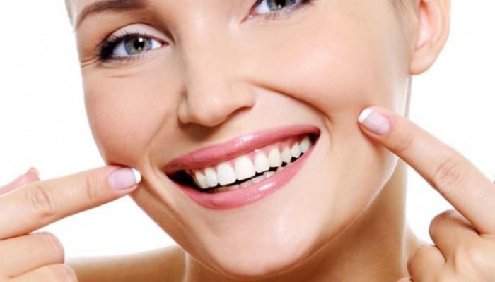 Bagaimana Cara Menghilangkan Karang Gigi Secara Alami