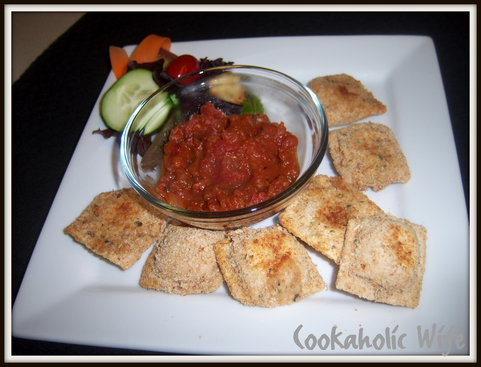 Cookaholic Wife: Toasted Ravioli with Marinara Sauce