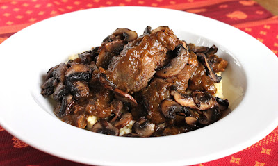Pumpkin short ribs with mushrooms