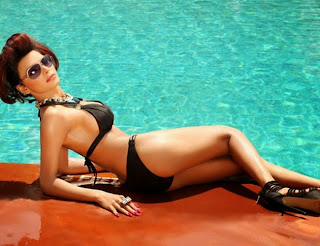 Sherlyn Chopra – Hot New Wet Photos For Summer [7 pics]