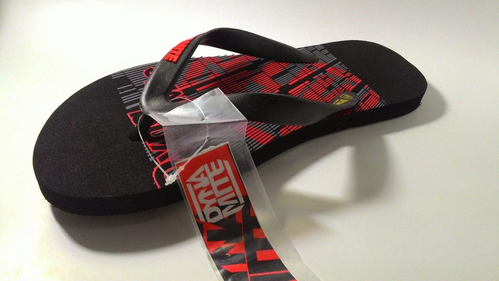 Model sandal distro untuk remaja masa kini terbaru