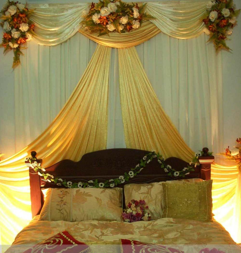 Bengali wedding guide bridal bedroom decoration ideas for Marriage bed decoration photos