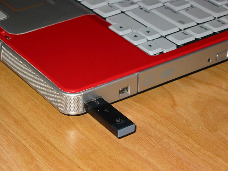 how to connect a dongle to a computer