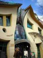 ingin-info.blogspot.com - Gedung Berliuk (Polandia)