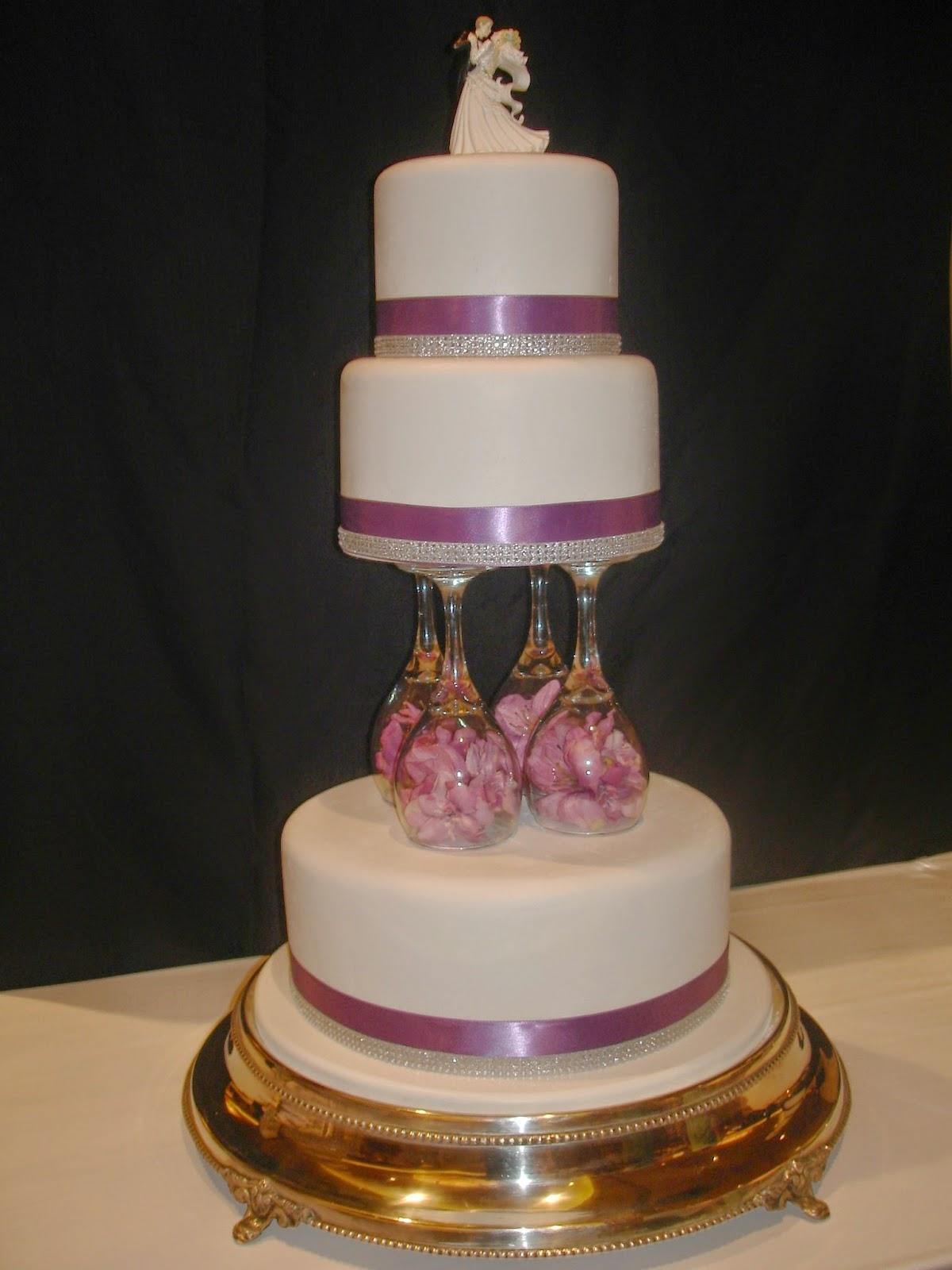 Sunday Best Cake Stand