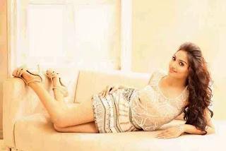Actress Aishwarya Devan New  Picture Shoot Stills004.jpg