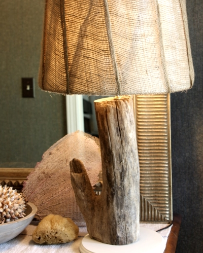Easy to make driftwood table lamps completely coastal driftwood table lamp mozeypictures Image collections