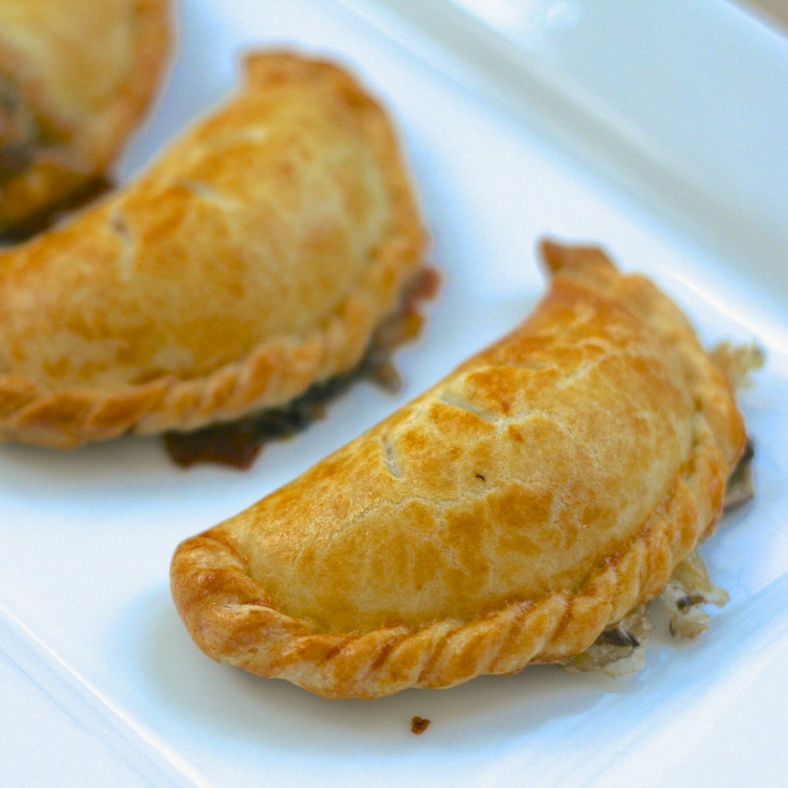 Spinach Cheese Empanadas Recipe — Dishmaps