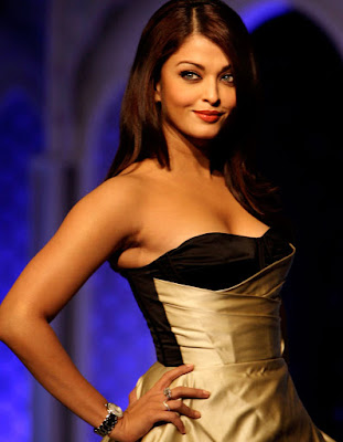Indian Beauty Aishwarya Rai Hot Low V cut Dresses Pics