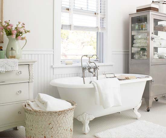 Tinas De Baño Romanticas:Cottage Style Bathroom Tub