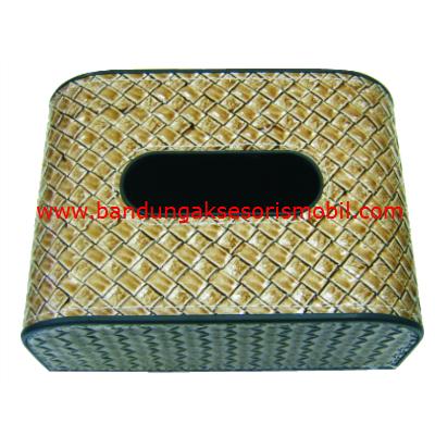 Box Tissue Anyaman Cream