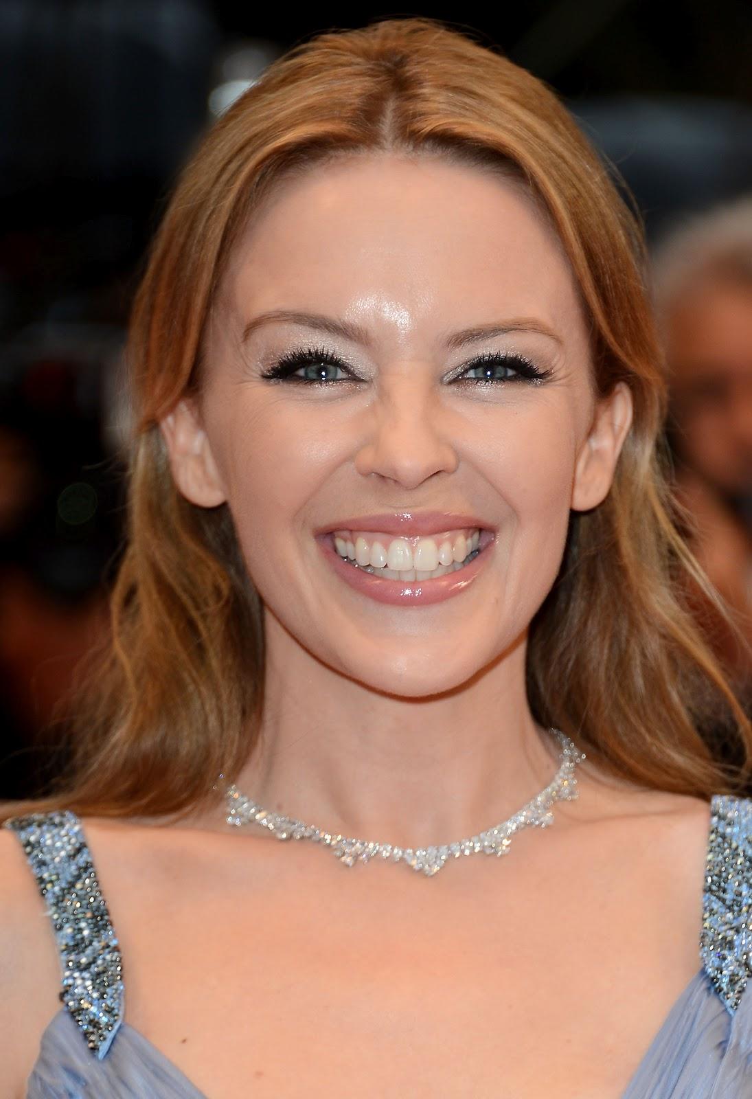 http://1.bp.blogspot.com/-WulGWhA7T5U/T8OV0oat0xI/AAAAAAAAHqw/YqaX-ySvRac/s1600/Kylie+Minogue+-+Cannes+-+27May2012-_HQ_+_1_.jpg
