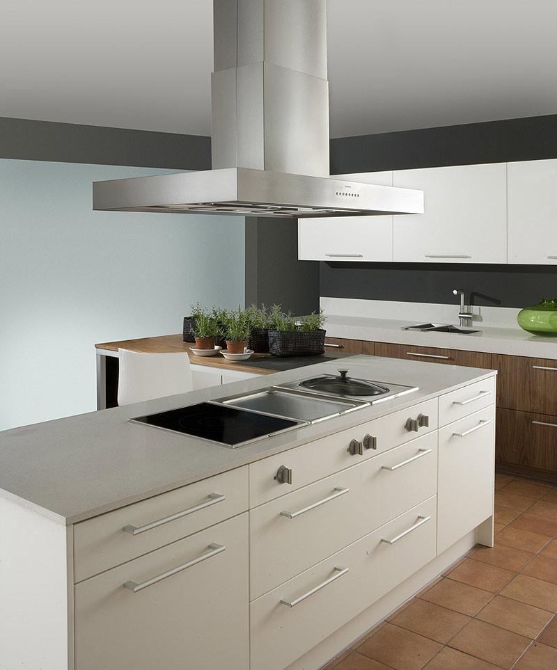 Interiores minimalistas el programa de cocina 5004 de for Cocinas minimalistas