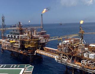 Erdöl-Plattform von Pemex im Golf von Mexiko