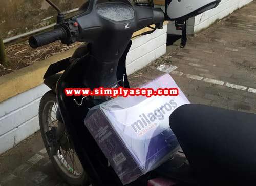 Milagros siap di antar langsung ke rumajh anda khusus dalam kota Pontianak.  Foto hak cipta Asep Haryono