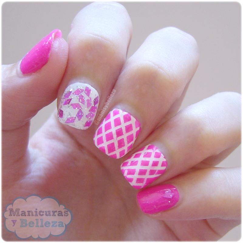 pink mix and match nails manicura rosa y blanco con striping tape esmaltes Easy Paris Sensinity cinta nail art