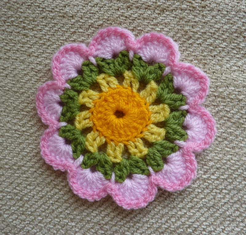 Crochet Patterns Yellow : Yellow, Pink and Sparkly: Free Crochet Patterns