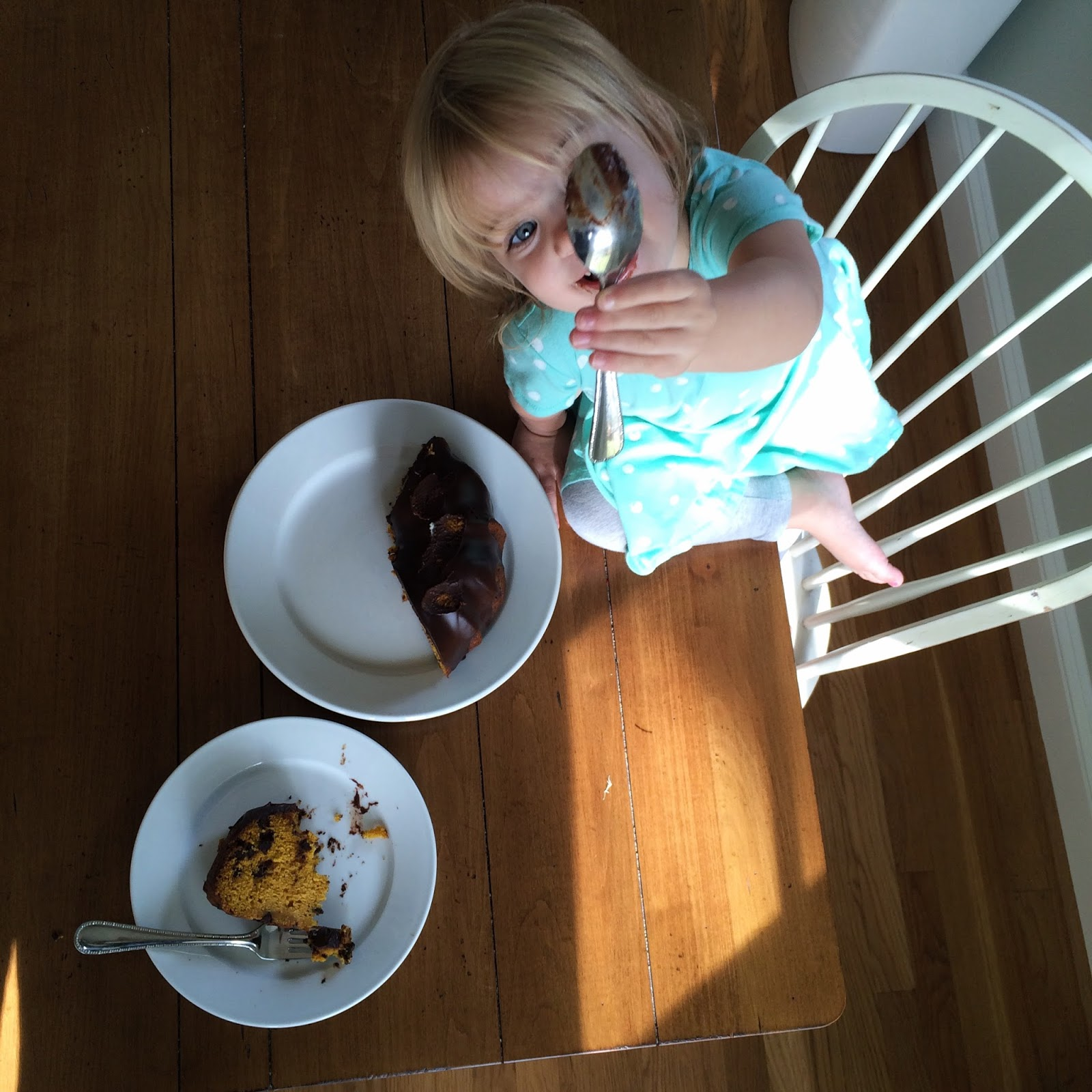 This perfect mess pumpkin chocolate chip bundt cake with for Living room 5 minute chocolate cake