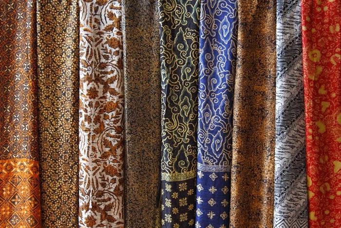 Tips Membuat Pakaian Batik Anda Lebih Awet