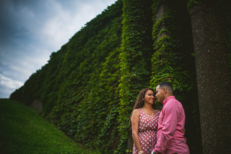 Chicago Ivy Engagement Photo
